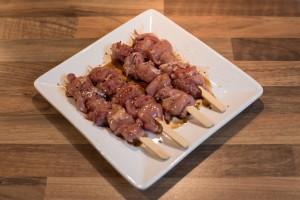 Hühnchen-Yakitori aus Schenkelfleisch